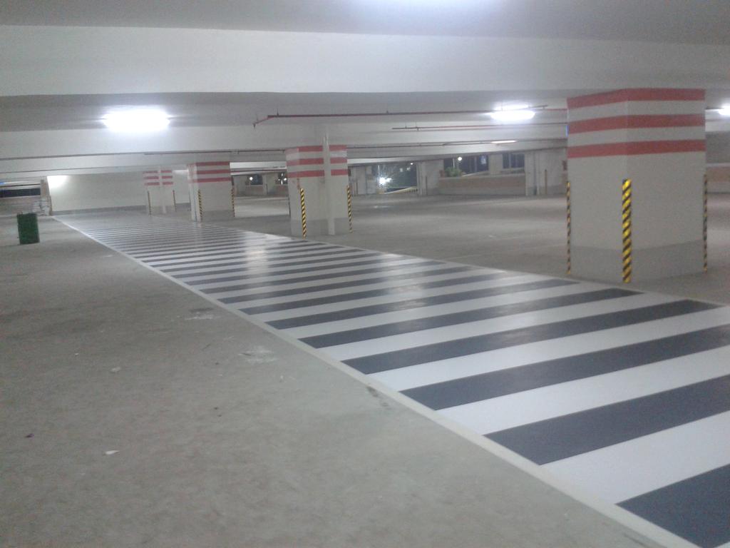 Silikal Cold plastic - zebra crossing marking